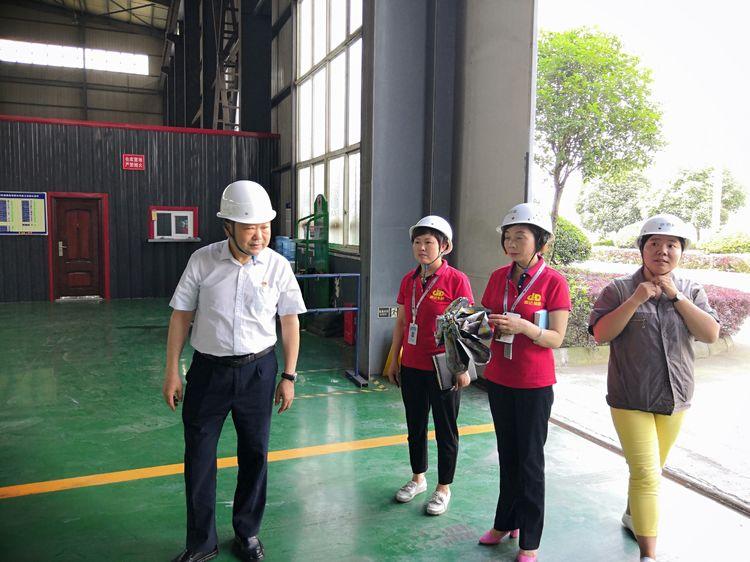 聚佳劳务党支部到海南瑞驰拓维机械制造有限公司参观调研